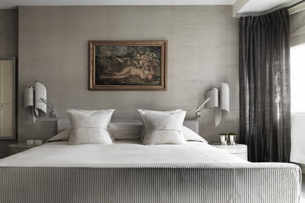 SOPHISTICATED INTERIOR IN LONDON