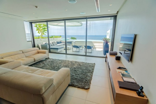 Kata Rocks – how to own a luxury villa from your dreams?