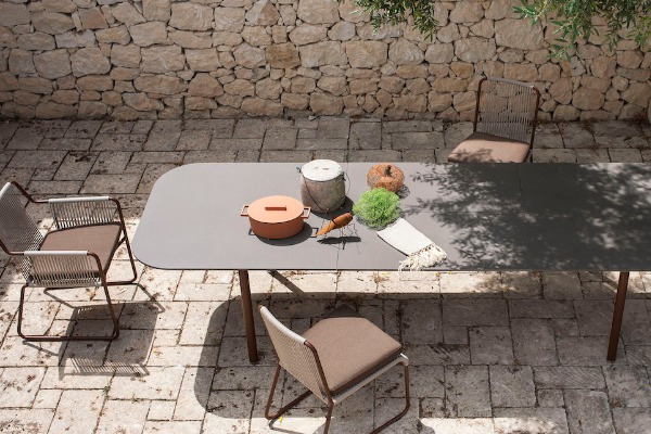 Kitchen in the yard: what you need