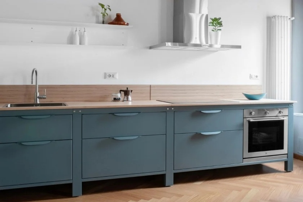 As simple as a modular stainless steel kitchen